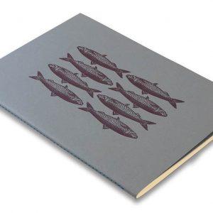 Skissbok A5 ROSSI Sardiner hos Kalenderspecialisten